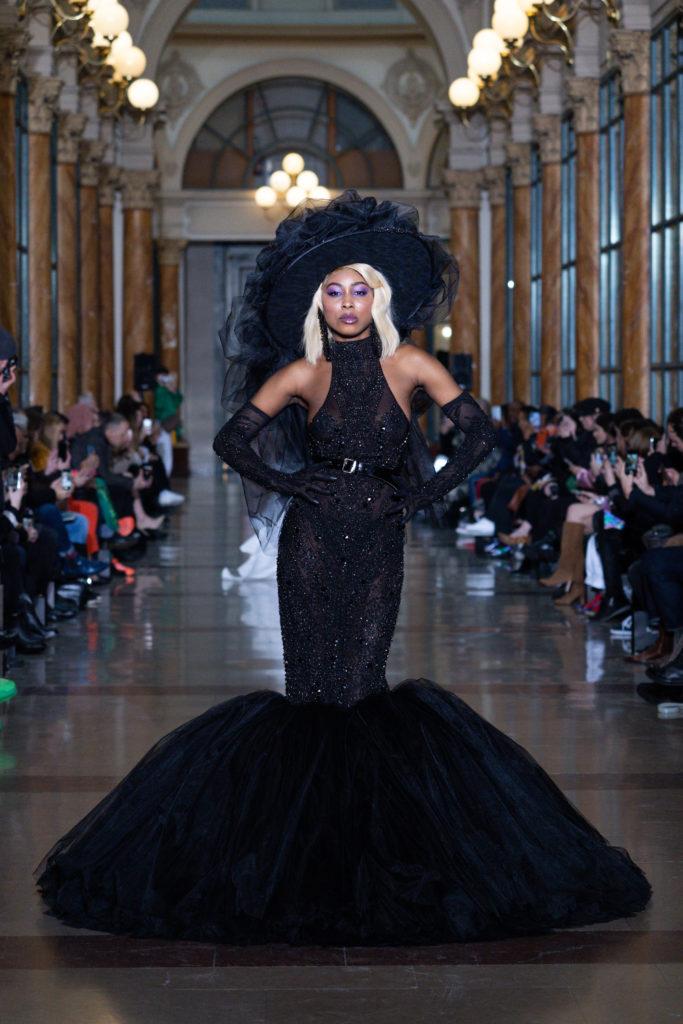 La petite robe de noire de Seyit Ares - Fashion Week